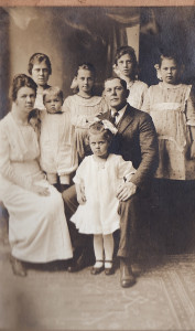 Lottie (Marble) and John N. Moore with their children, about 1919. Photo courtesy of the Moore family.